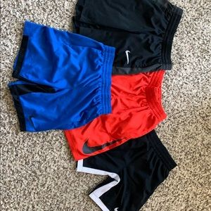 NIKE boys size medium athletic shorts